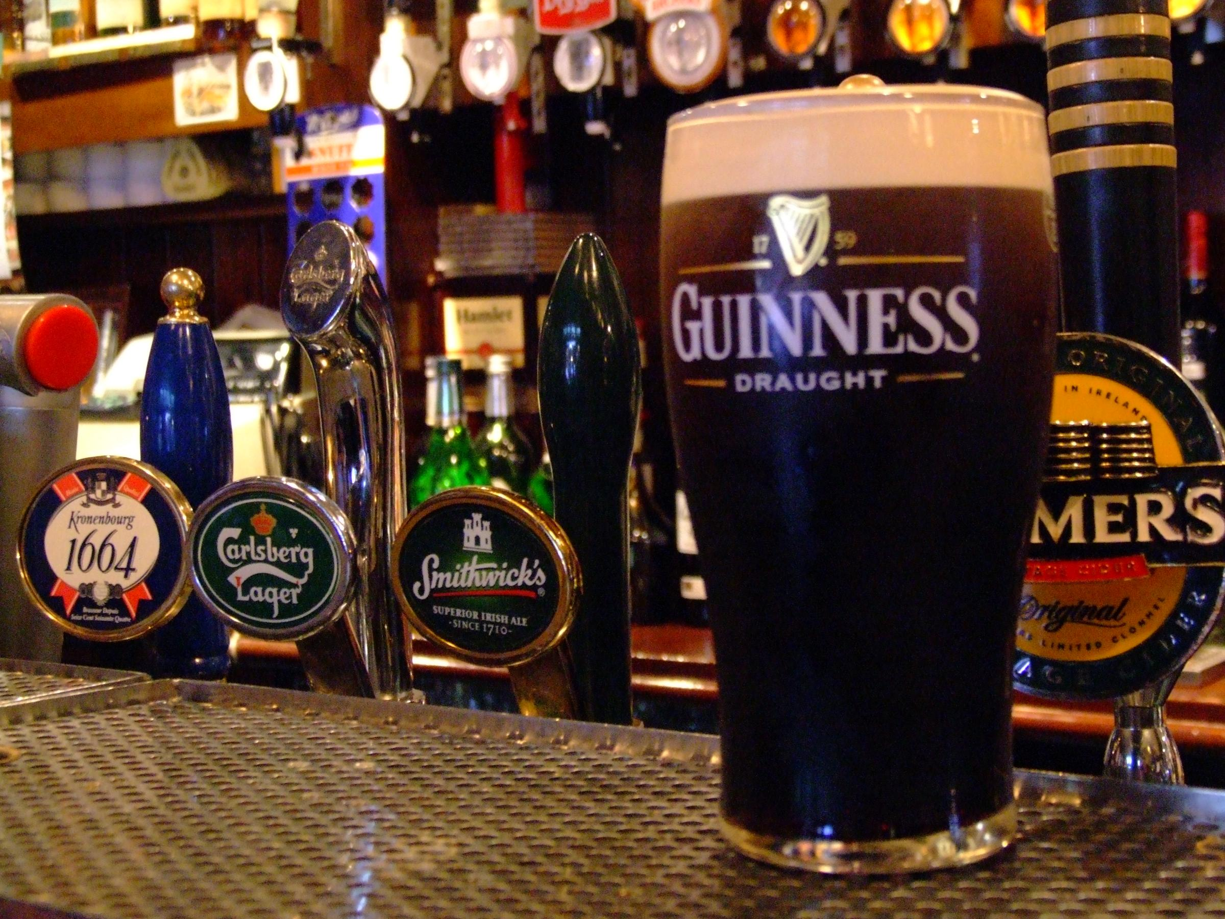Beer Drinkers Destination, Dublin, Ireland, Guinness beer pint