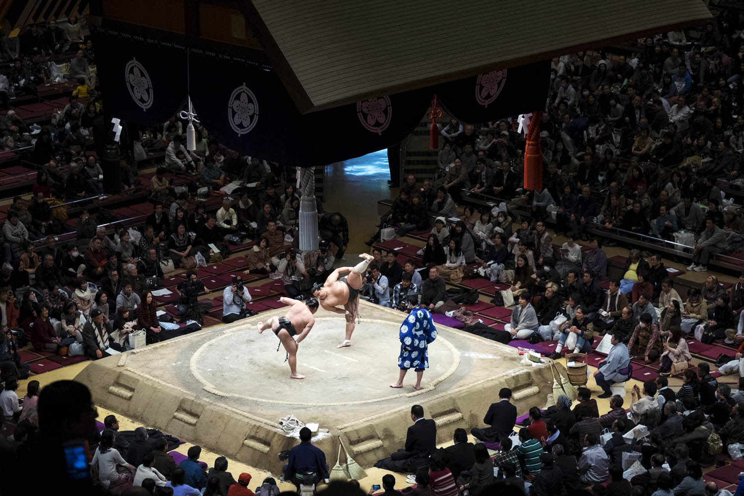 Beloved World Cities, Tokyo, Japan, Ryogoku Kokugikan Stadium, Grand tournament moment