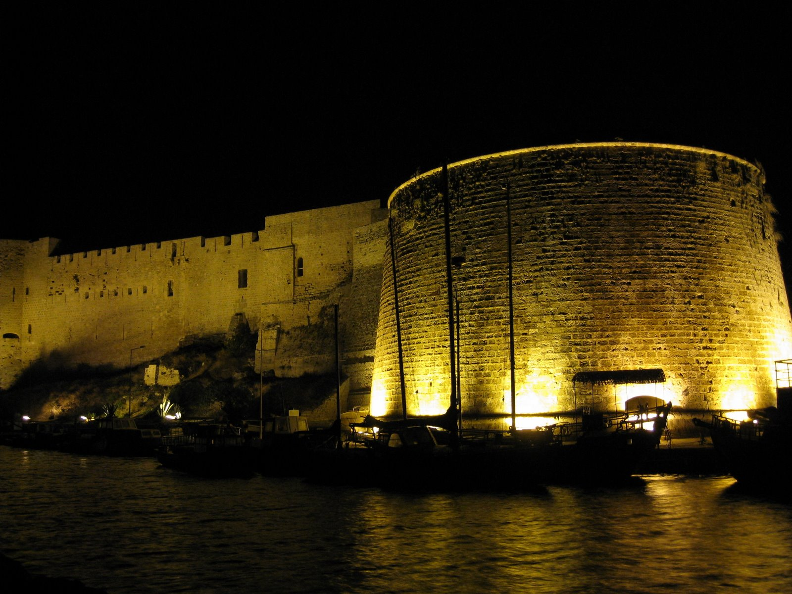 Cyprus, Europe, The castle and harbor of Kyrenia