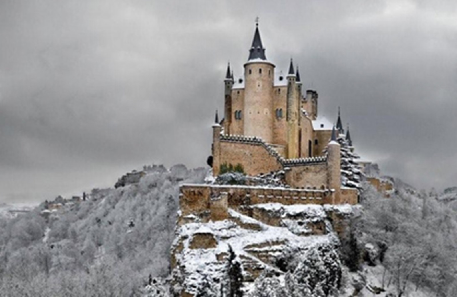 Manor House Floor Plan A Fairytale Castle Alcazar Of Segovia Spain The Castle