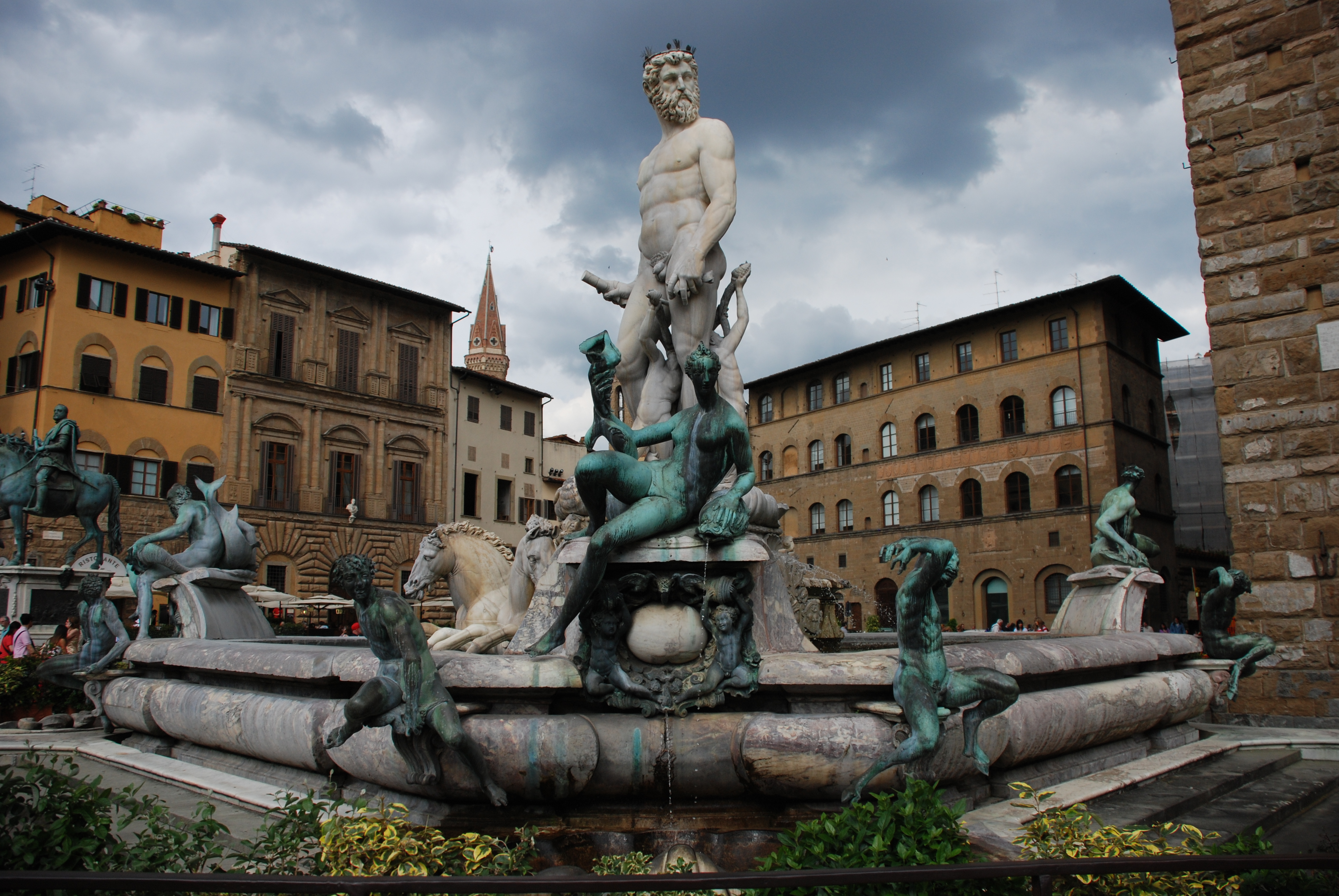 Florence, Italy, Statue in the middle of the city