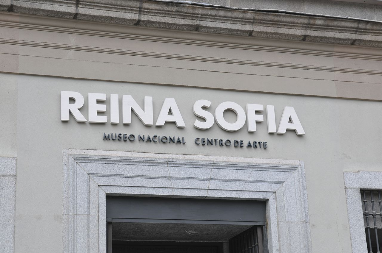 Free attractions holiday, Madrid, Spain, Museo de Reina Sofia entrance sign