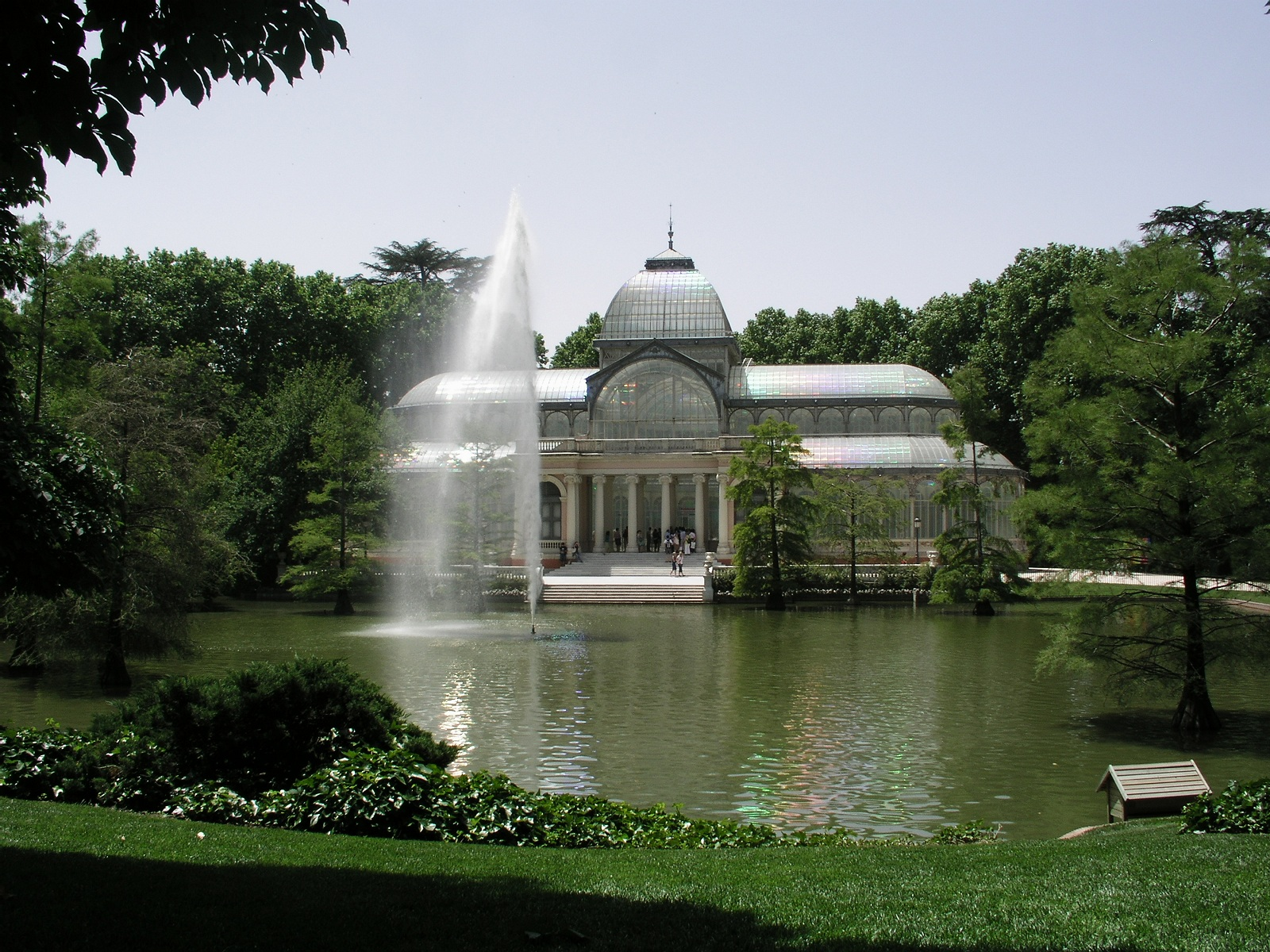 Free attractions holiday, Madrid, Spain, El Parque del Buen Retiro overview