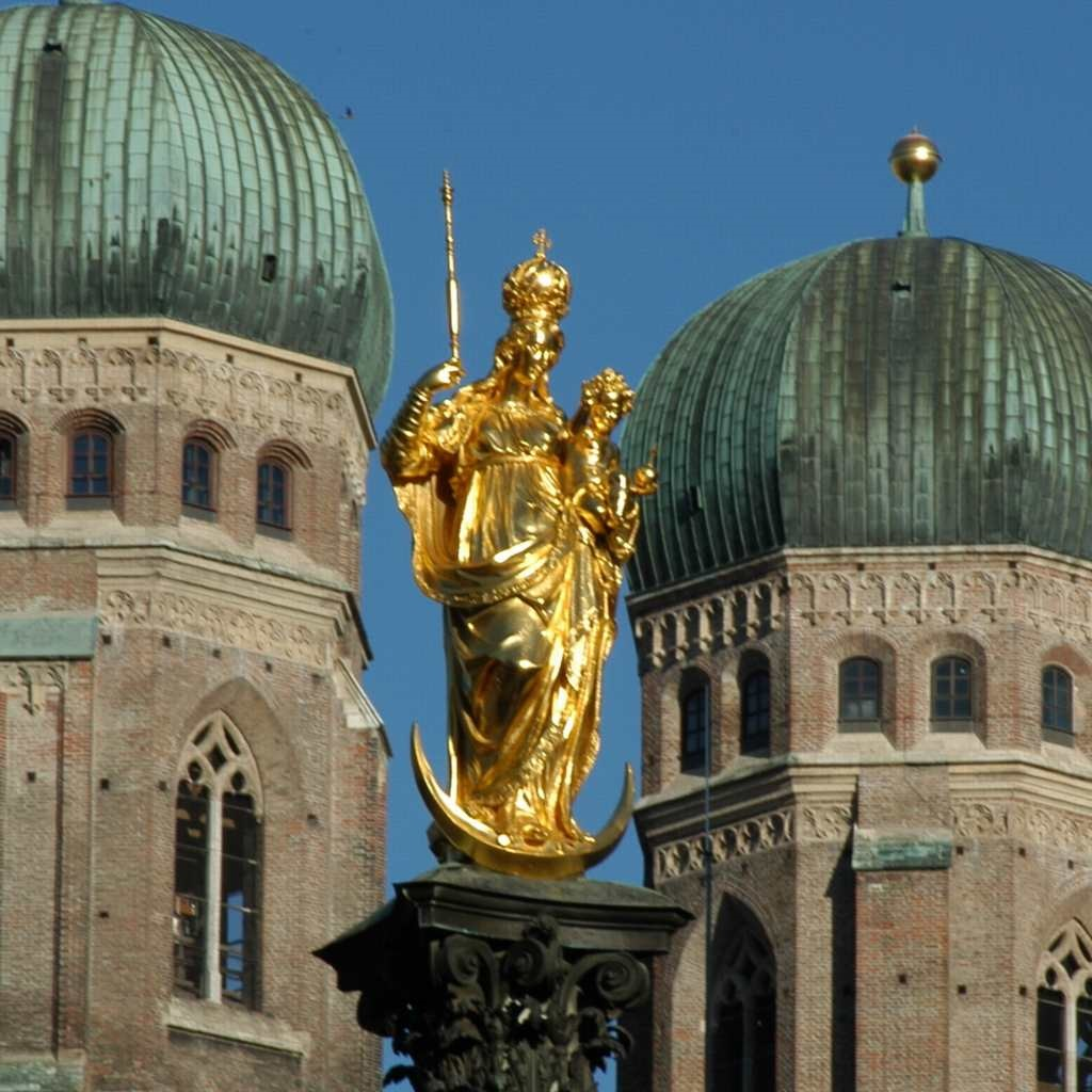 Germany Holiday, Munich, Germany, Frauenkirche central statue