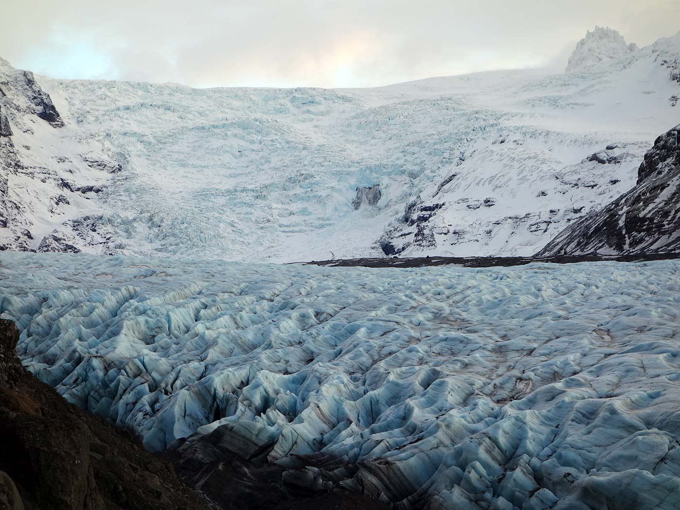 Movie Style Holiday, Iceland, Glacier Svinafellsjokull, Close view
