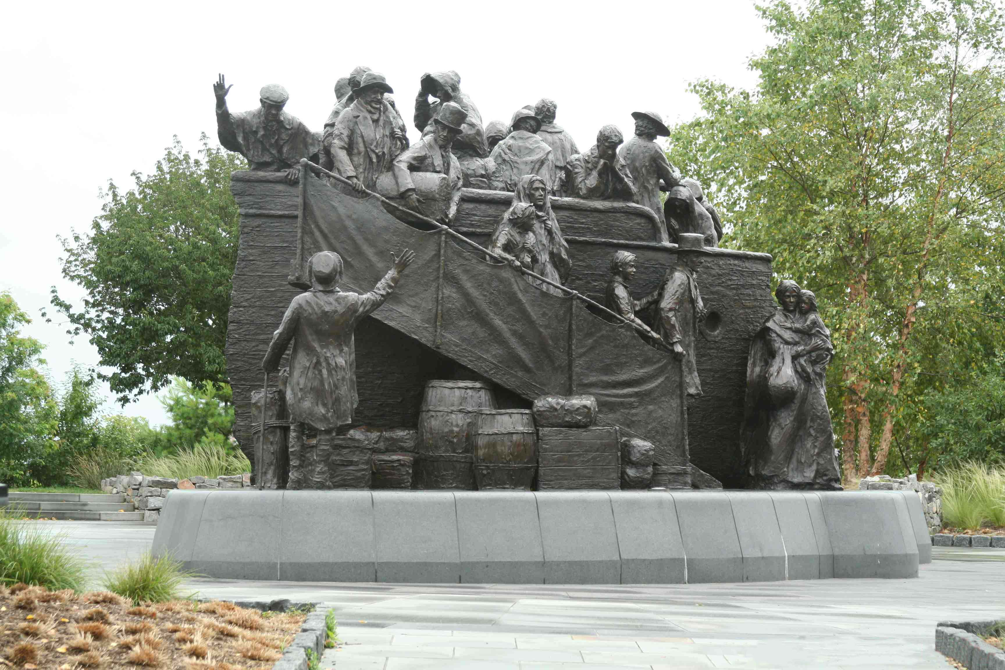 Cradle of the USA, Philadelphia, Pennsylvania, Irish Memorial monument