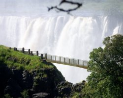 Zimbabwe, Africa, Victoria Falls on the knife edge