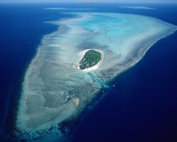 Australia, Oceania, Great Barrier Reef aerial of Heron Island