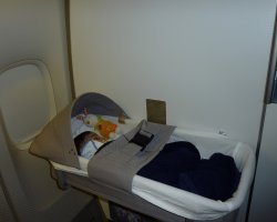 Baby in the Airplane, Baby seat special2