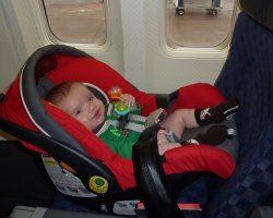 Baby in the Airplane, Baby seat