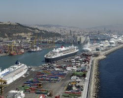 Barcelona, Spain, Cruise ships in Barcelona's Harbour