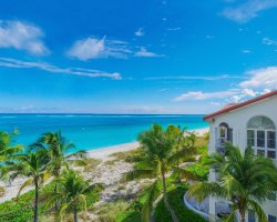 Beautiful World Beaches, Grace Bay, Turks and Caicos Islands, Beachfront view