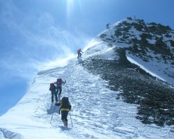 Climbing Holiday, K2, China border, Climbers