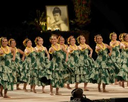 Dance Holiday, Hawaii, Merrie monarch festival 2010