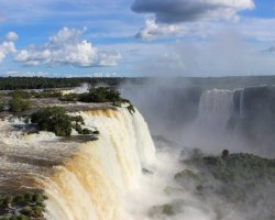 Disappointing Holiday, Iguazu waterfall, South America, Raining season affecting the water