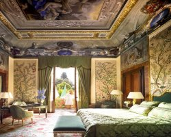Wine Land Holiday, Florence, Italy, Hotel Four Seasons room interior view