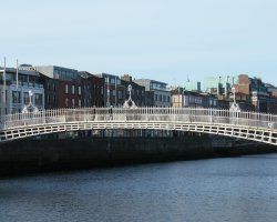 Dublin attractions, Ireland, Ha'penny Bridge