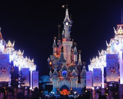 Enchanting Holiday, Paris, France, Disneyland christmas decorations