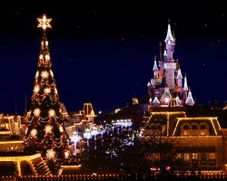 Enchanting Holiday, Paris, France, Disneyland decorated