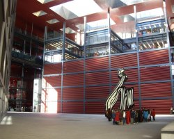 Free attractions holiday, Madrid, Spain, Museo de Reina Sofia entrance