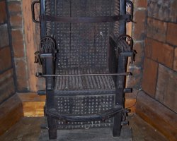 Gloomies Museums, The Netherlands, Torture Museum, Chastity Chair