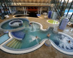 Hajduszoboszlo, Hungary, Spa and wellness at hotel pool
