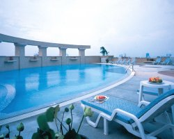 Highest Hotels, Baiyoke Sky Hotel, Bangkok, Pool