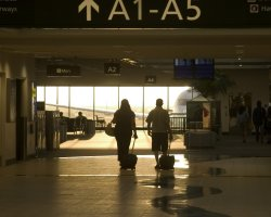 Airport gate with luggage, Holyday tips for women