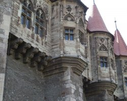 Hunyad Castle, Romania, Little towers