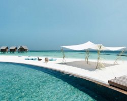 Luxury Hotels Holiday, Maldives, Asia, Constance Moofushi, Suite pool panorama