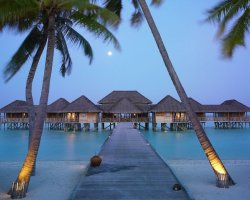 Luxury Hotels Holiday, Maldives, Asia, Gili Lankanfushi, Suite entrance at night