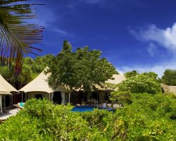 Luxury Hotels Holiday, Maldives, Asia, Banyan Tree Madivaru, Panorama beach and trees view