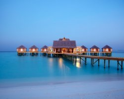 Luxury Hotels Holiday, Maldives, Asia, Anantara Resort, Kihavah Villas Pontoon