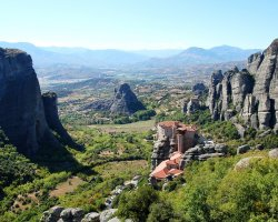 Famous Monasteries Holiday, Greece, Meteora monasteries overview