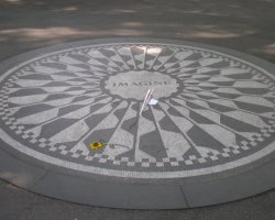 New York, U.S.A., Imagine Circle