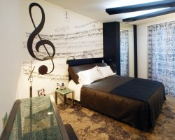Novel Hotels, Propeller Island City Lodge, Berlin, Germany, Music room