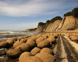 Oddest Beach Holiday, Koekohe Beach, Moeraki, New Zealand, Boulders