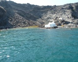 Perfect spring Holiday, Santorini, Palia Kameni, Hot springs