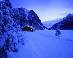 Travel destinations photo gallery sightseeing around for Best winter vacations in canada