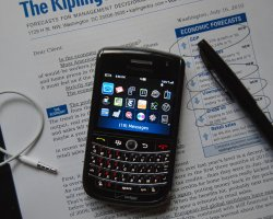 Aplication Travel, Smartphone a must for any travel, BlackBerry