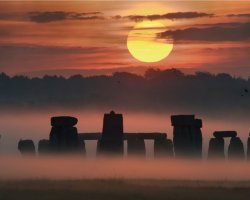 Stonehenge, United Kingdom, Covered by myst