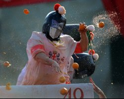 Strange Holiday, Piedmont, Italy, Ivrea Carnival, Orange fight