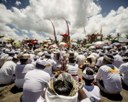 Strange Holiday, Bali, Indonesia, Nea Year Festival, Silence day ceremony