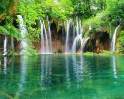 Stunning Places Holiday, Croatia, Plitvice Lakes, Waterfall view