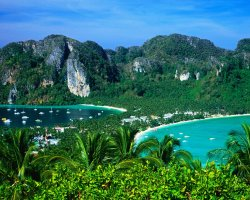 Thailand Holiday, Ko Phi Phi Leh Island, Thailand, Beach overview