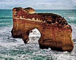 The Twelve Apostles , Australia, Loch Ard Gorge, Island Arch before collaps