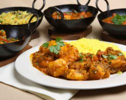 Vegetarian Tourists Destinations, Indian Curry vegetarian dishes presentation