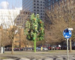 Weird and Funny Monument Holiday, London, UK, The Traffic Light Tree view