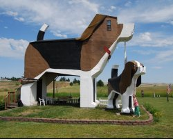 Weirdest Hotels Holiday, Dog Bark Park Inn,Cottonwood, Idaho, Side view