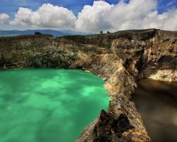Nature Weirdness, Flores Island, Indonesia, Crate Lake Kelimutu green and brown